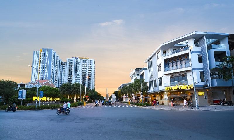 Phú Đông Group và những sản phẩm hút khách hàng ở trên đường Phạm Văn Đồng 2