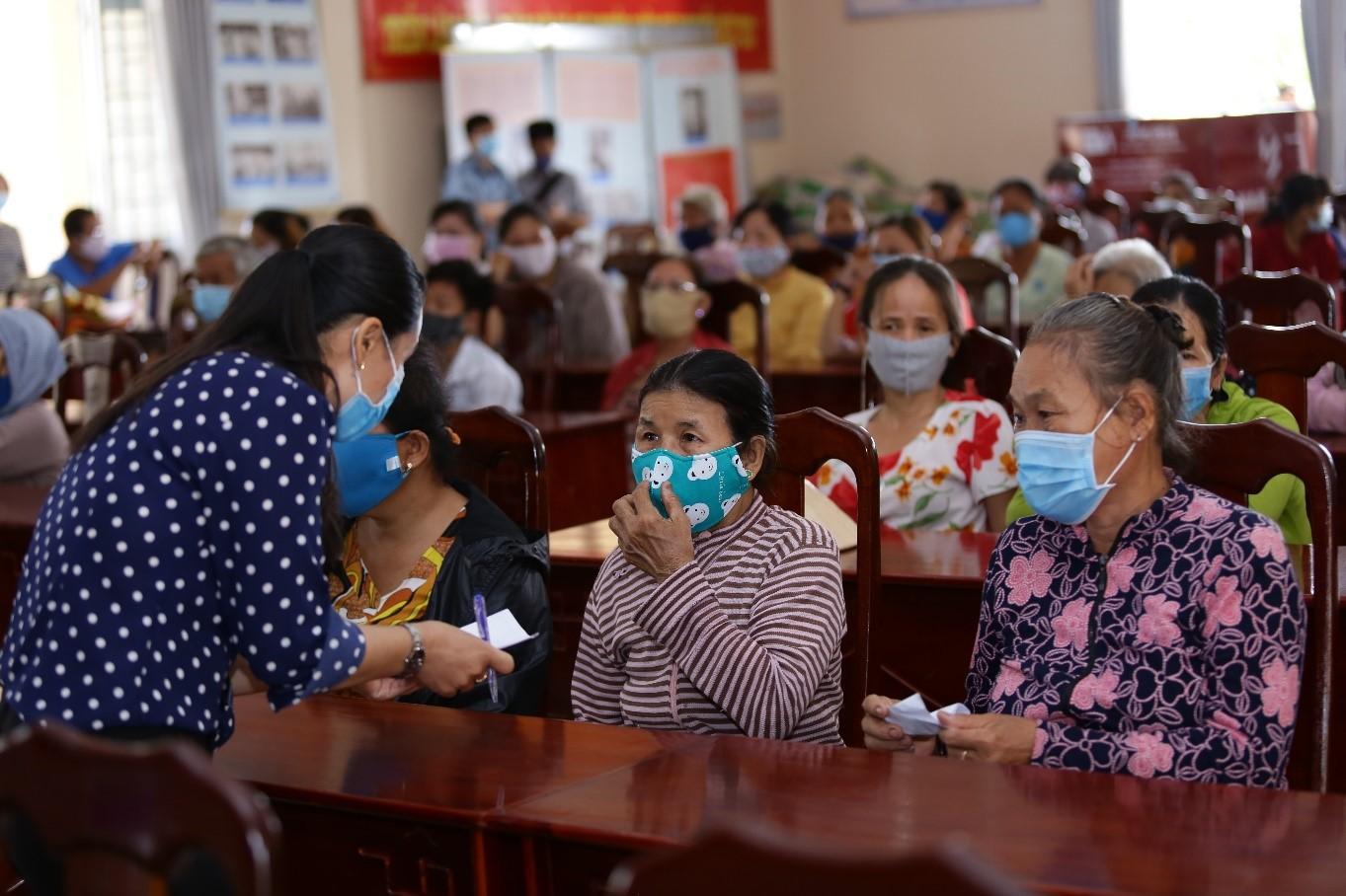 Tập đoàn Nam Long hỗ trợ hệ thống ATM gạo tại tỉnh Long An, tiếp sức cộng đồng cùng vượt khó 2
