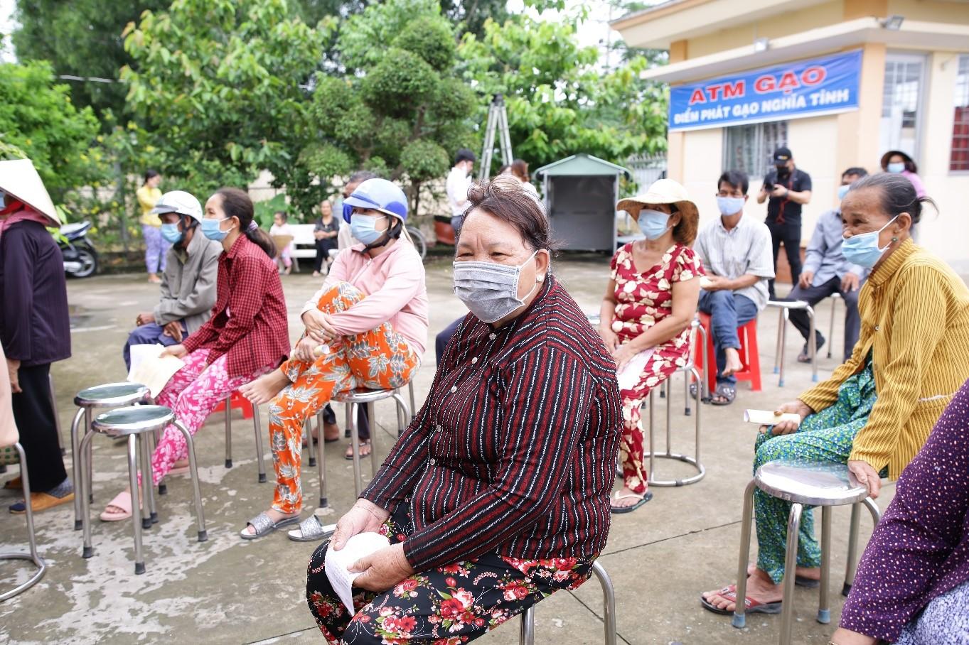 Tập đoàn Nam Long hỗ trợ hệ thống ATM gạo tại tỉnh Long An, tiếp sức cộng đồng cùng vượt khó 5