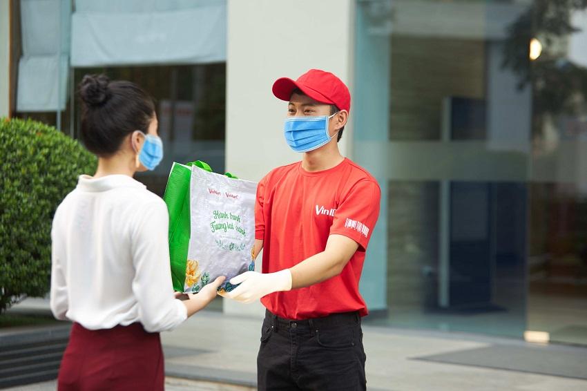 Đi chợ Online của VinID là giải pháp đi chợ an toàn, giúp người dân an tâm hơn trong mùa dịch.