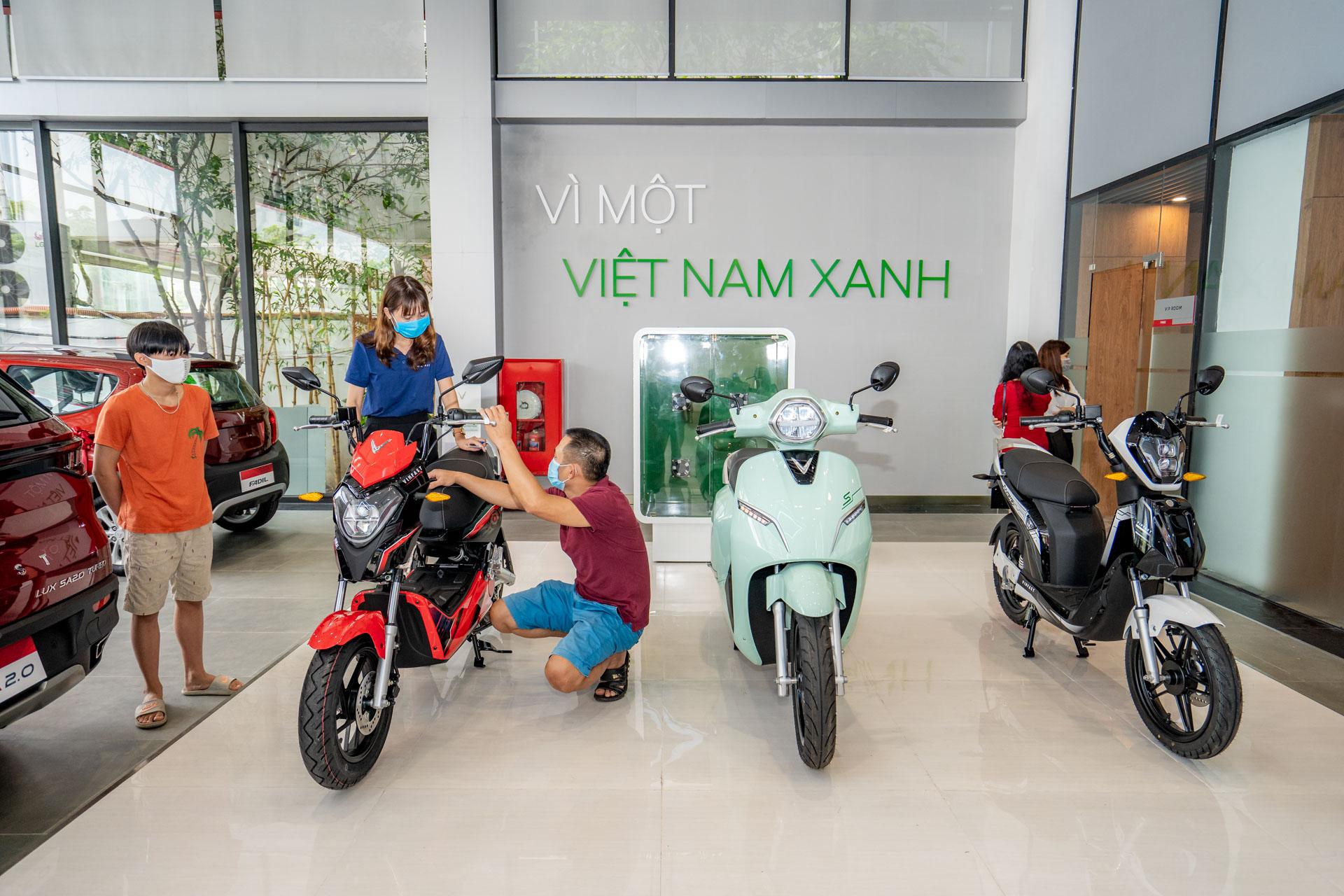 Cận cảnh showroom 3S lớn nhất Việt Nam của VinFast 3