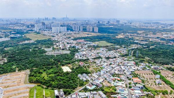 """Nằm ngay cửa ngõ khu Nam Sài Gòn kết nối với ĐBSCL, Cần Giuộc thu hút nhiều """"ông lớn"""" BĐS phát triển những dự án tầm cỡ. Ảnh: VietNamNet"""