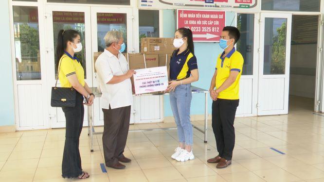 PNJ trao tặng thiết bị y tế cho bệnh viện tại Quảng Nam và Quảng Trị 5
