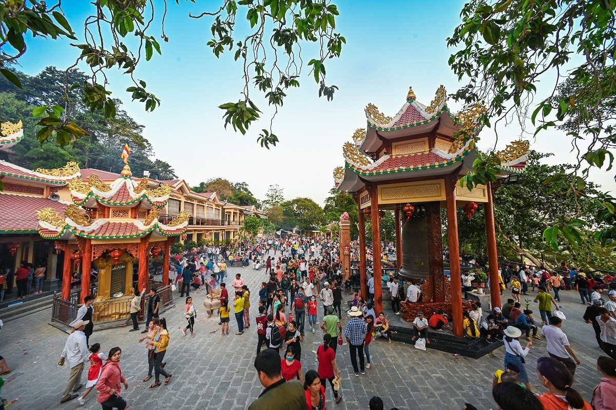 """Đừng bỏ quên những lễ hội đặc sắc ở """"đất Thánh"""" Tây Ninh 4"""