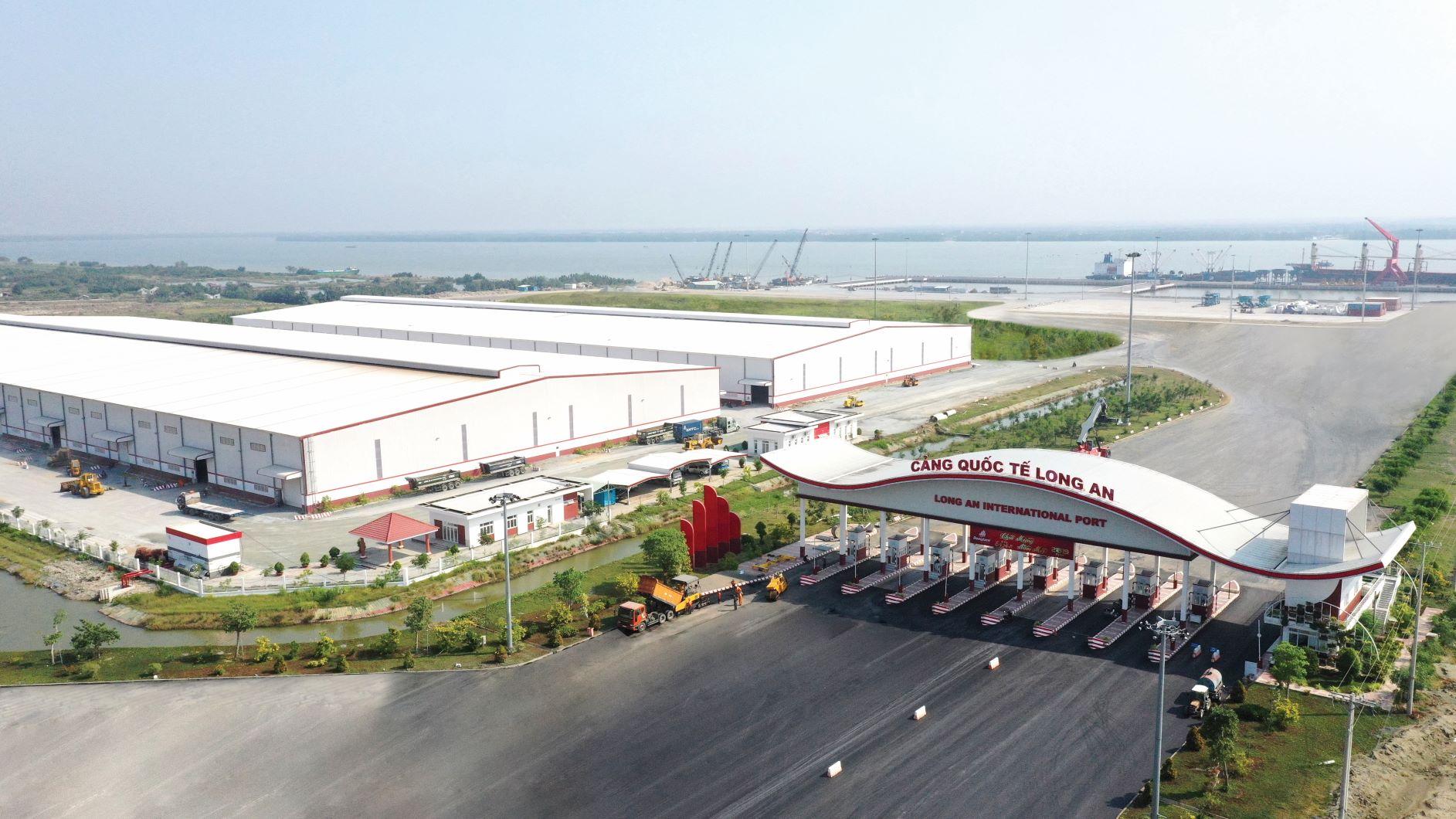 Đồng Tâm Group khánh thành giai đoạn 1 và khởi công giai đoạn 2 - Cảng Quốc tế Long An 3