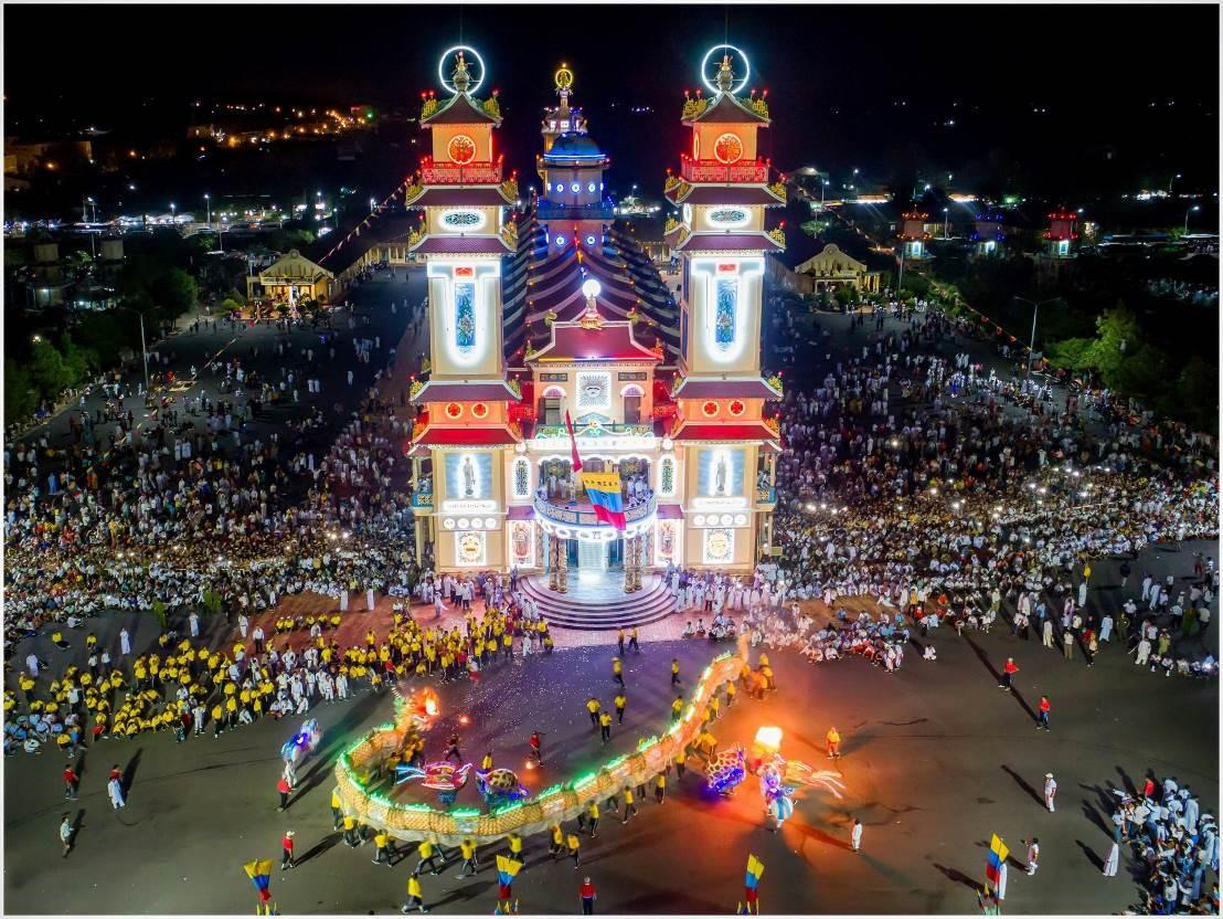 Top những lễ hội không thể bỏ lỡ khi đến Tây Ninh 2