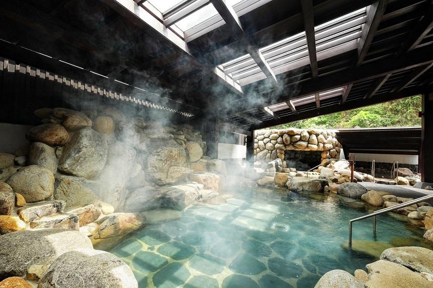 Bên trong khu onsen riêng tư sang chảnh tại Yoko Onsen Quang Hanh 2