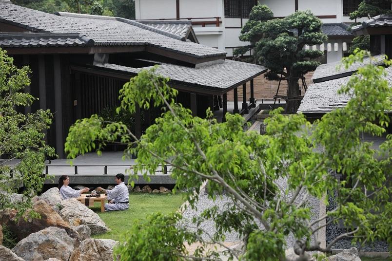 Bên trong khu onsen riêng tư sang chảnh tại Yoko Onsen Quang Hanh 5