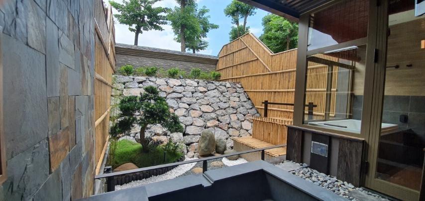Bên trong khu onsen riêng tư sang chảnh tại Yoko Onsen Quang Hanh 8