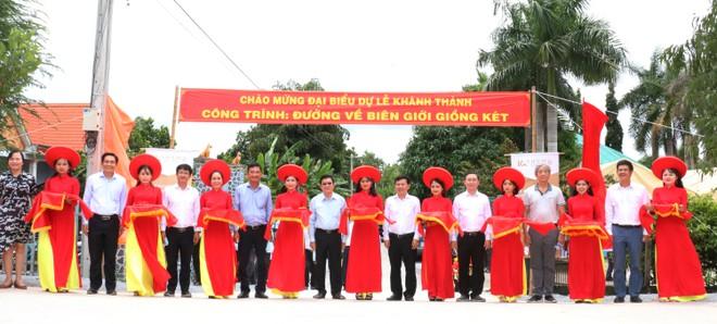 Nguyên Chủ tịch nước Trương Tấn Sang vận động hơn 600 tỉ đồng cho Long An 4