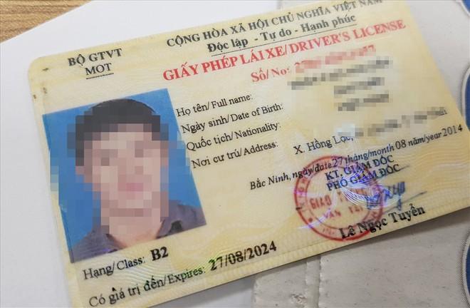 Nên để Bộ Công an hay Bộ GTVT cấp giấy phép lái xe? 1