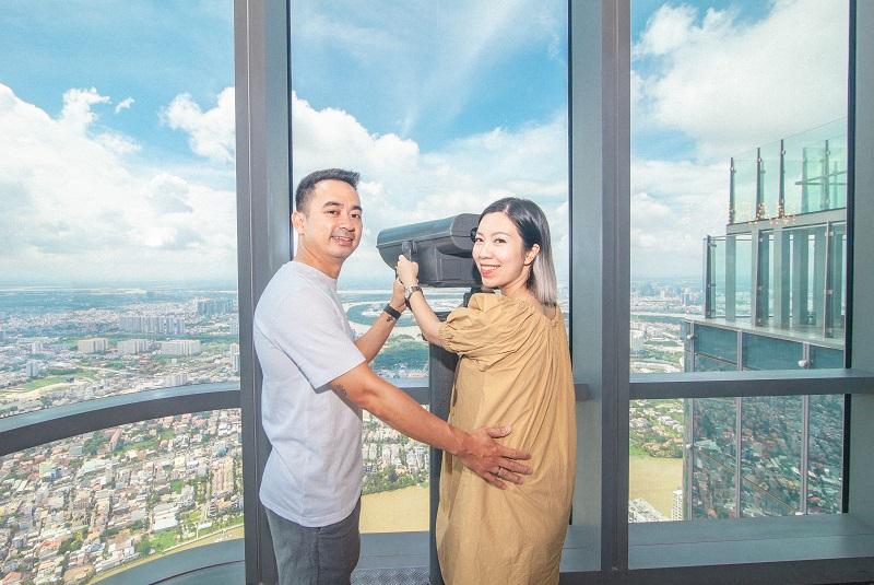 """Trải nghiệm khó quên tại khách sạn cao nhất Đông Nam Á của admin """"Nghiện nhà"""" Hà Linh 10"""