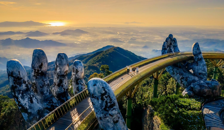 Cầu Vàng tại Sun World Ba Na Hills