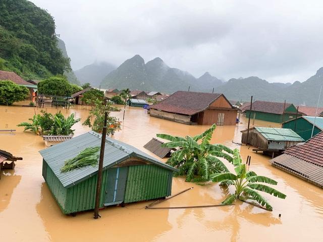 """Nhà phao tránh lụt """"ngon bổ rẻ""""! 7"""
