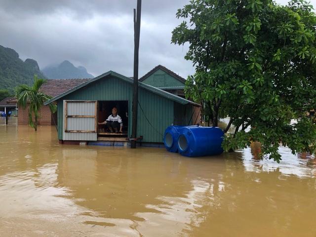 """Nhà phao tránh lụt """"ngon bổ rẻ""""! 4"""