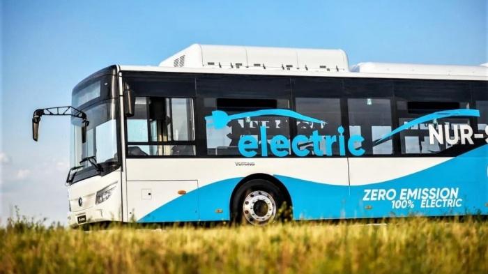 Mẫu xe buýt điện hiện đại Yutong ZK6128BEVG của hãng Yutong - Trung Quốc có mức giá từ 378.000 USD (khoảnh 8,7 tỷ đồng)