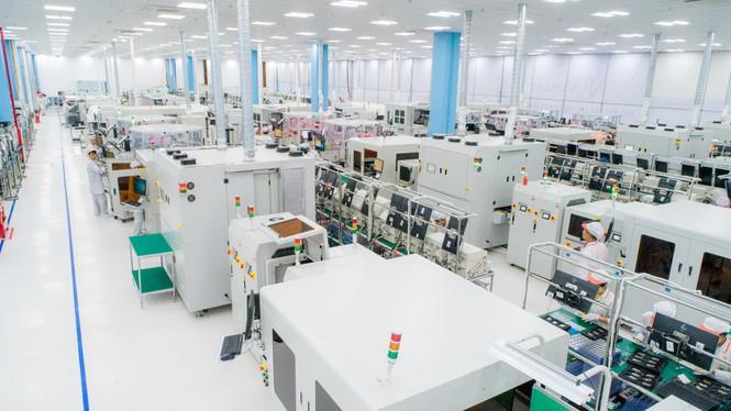 Với dây chuyền sản xuất hiện đại, sản phẩm của VinSmart tự tin chinh phục những thị trường khó tính nhất thế giới.