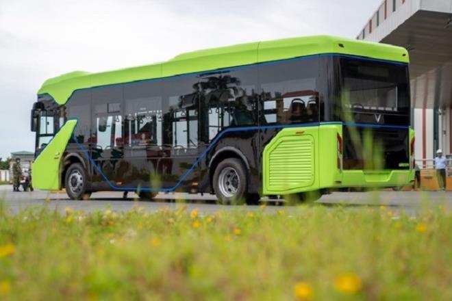 Xe buýt điện do VinFast sản xuất sắp vận hành tại Hà Nội, TP.HCM và Phú Quốc. Ảnh: Vingroup