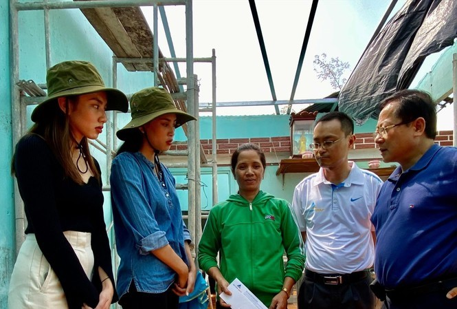 Tập đoàn Đất Xanh hỗ trợ đồng bào ở Quảng Nam dựng lại nhà sau bão 1