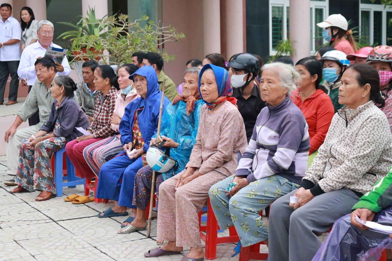 PNJ kịp thời hỗ trợ bà con Quảng Ngãi khắc phục hậu quả cơn bão số 9 1
