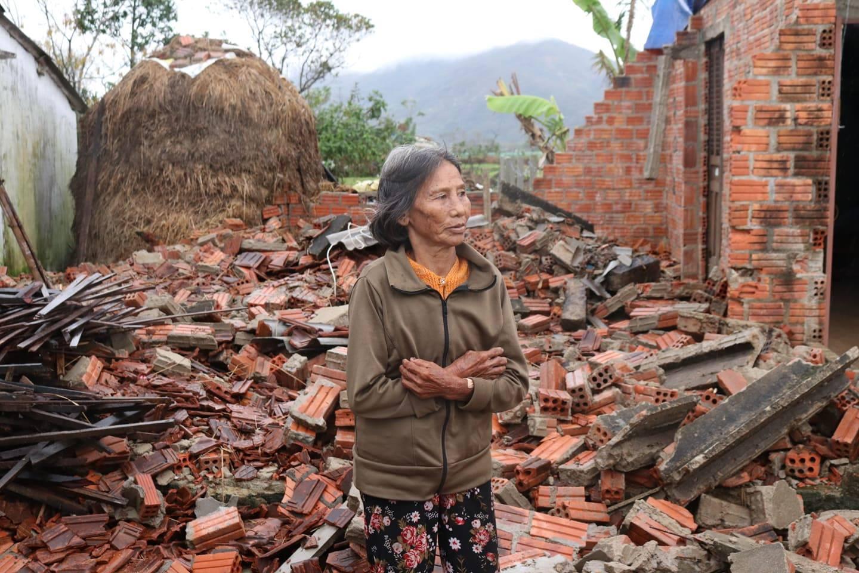 PNJ kịp thời hỗ trợ bà con Quảng Ngãi khắc phục hậu quả cơn bão số 9 5