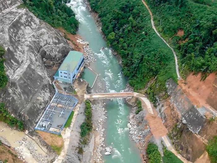 Dòng sông Rào Trăng là nơi có bốn thủy điện Alin B1, Alin B2, Rào Trăng 3, Rào Trăng 4. Trong ảnh: Thủy điện Alin B2. Ảnh: Pháp luật TP.HCM