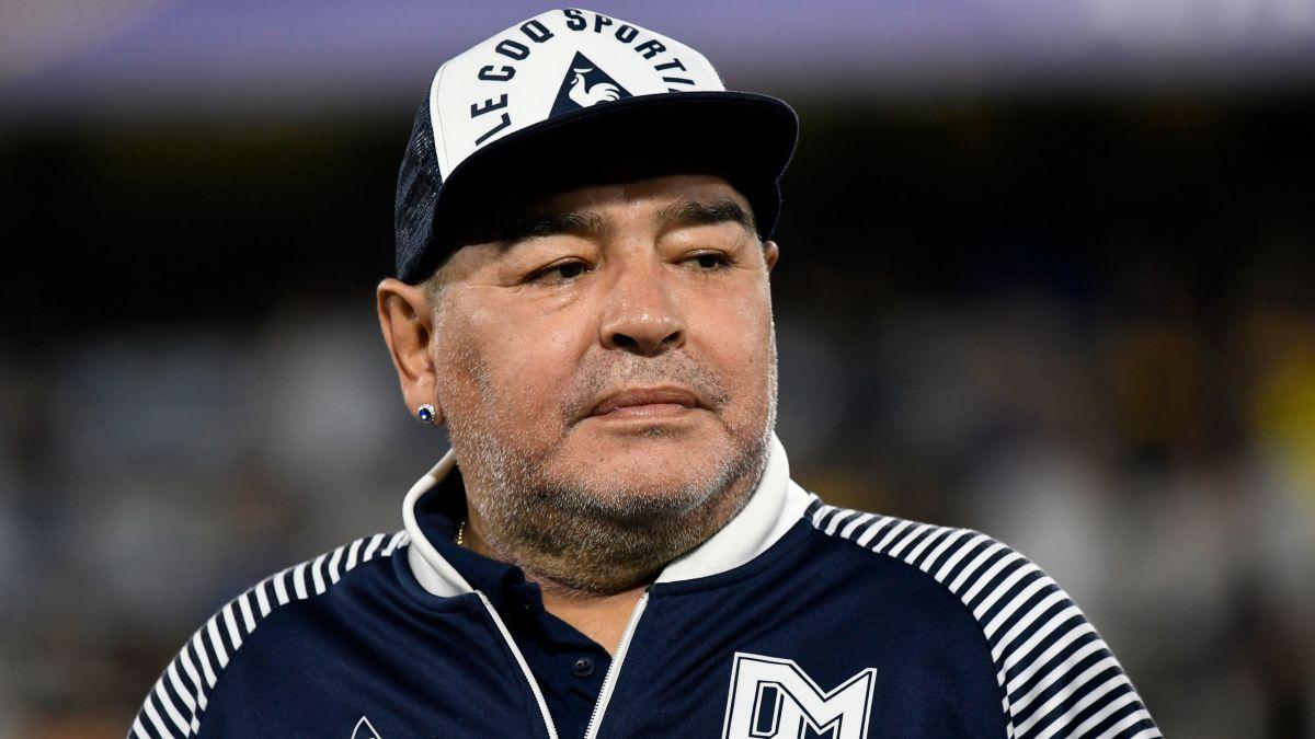 Maradona có phải danh thủ hay nhất mọi thời đại? 3