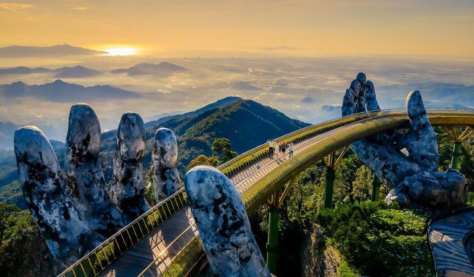 Ngắm những hình ảnh này, dễ hiểu vì sao Cầu Vàng được World Travel Awards vinh danh 3