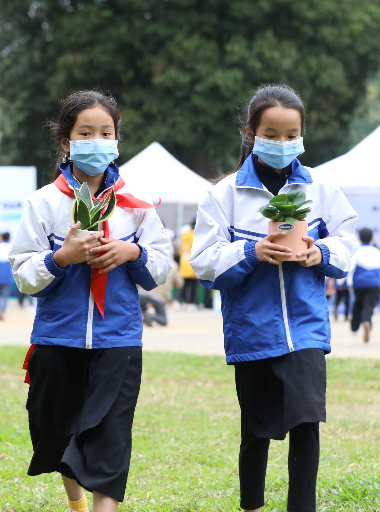"""Quỹ 1 triệu cây xanh cho Việt Nam của Vinamilk - Chương trình vì môi trường tạo được """"dấu ấn xanh"""" đặc biệt với cộng đồng 14"""