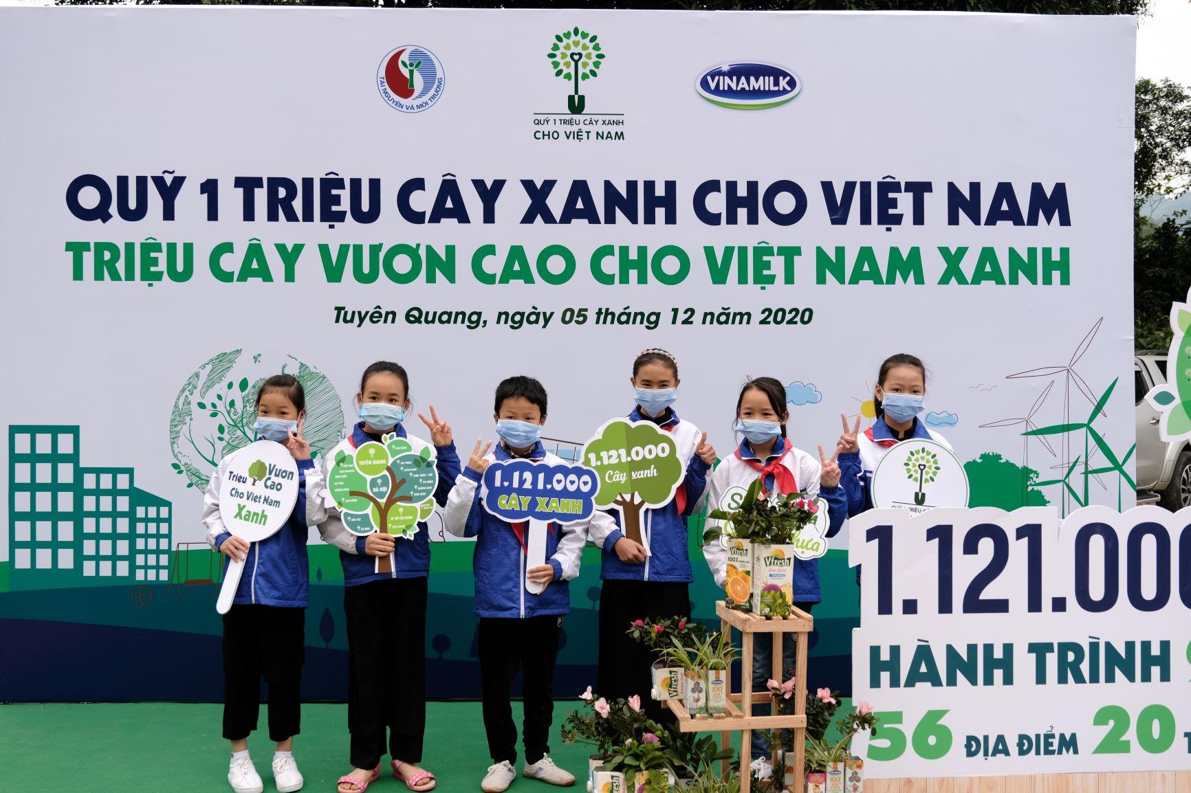 """Quỹ 1 triệu cây xanh cho Việt Nam của Vinamilk - Chương trình vì môi trường tạo được """"dấu ấn xanh"""" đặc biệt với cộng đồng 16"""