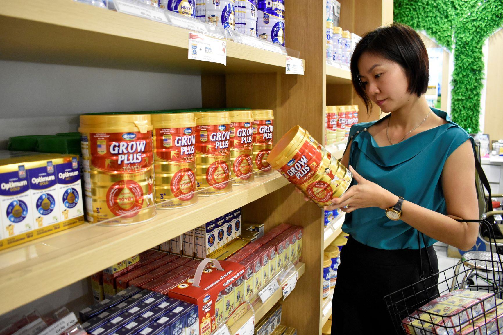 """Vinamilk - Doanh nghiệp đầu tiên và duy nhất của Việt Nam thuộc Top """"Tài sản đầu tư có giá trị của ASEAN"""" 8"""