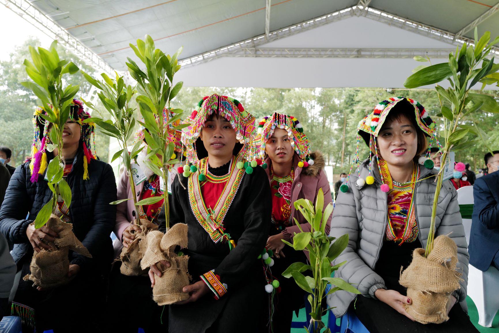"""Quỹ 1 triệu cây xanh cho Việt Nam của Vinamilk - Chương trình vì môi trường tạo được """"dấu ấn xanh"""" đặc biệt với cộng đồng 8"""