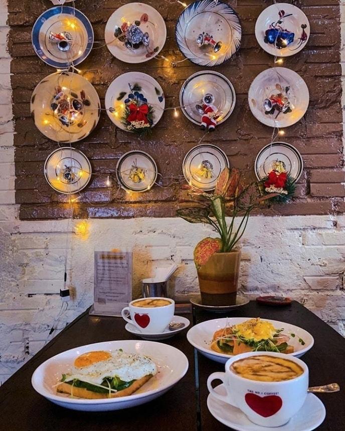 """Vứt hết muộn phiền, đến """"Hà Nội nhỏ"""" giữa lòng Sài Gòn nhâm nhi cà phê trứng tìm chút bình yên 20"""