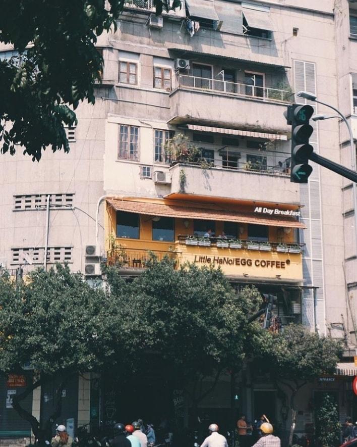 """Vứt hết muộn phiền, đến """"Hà Nội nhỏ"""" giữa lòng Sài Gòn nhâm nhi cà phê trứng tìm chút bình yên 4"""
