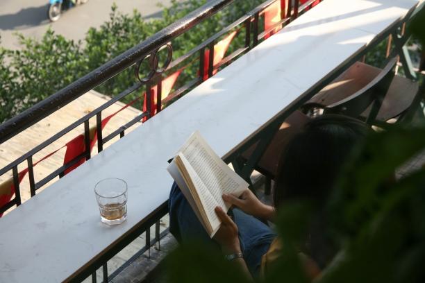 """Vứt hết muộn phiền, đến """"Hà Nội nhỏ"""" giữa lòng Sài Gòn nhâm nhi cà phê trứng tìm chút bình yên 9"""