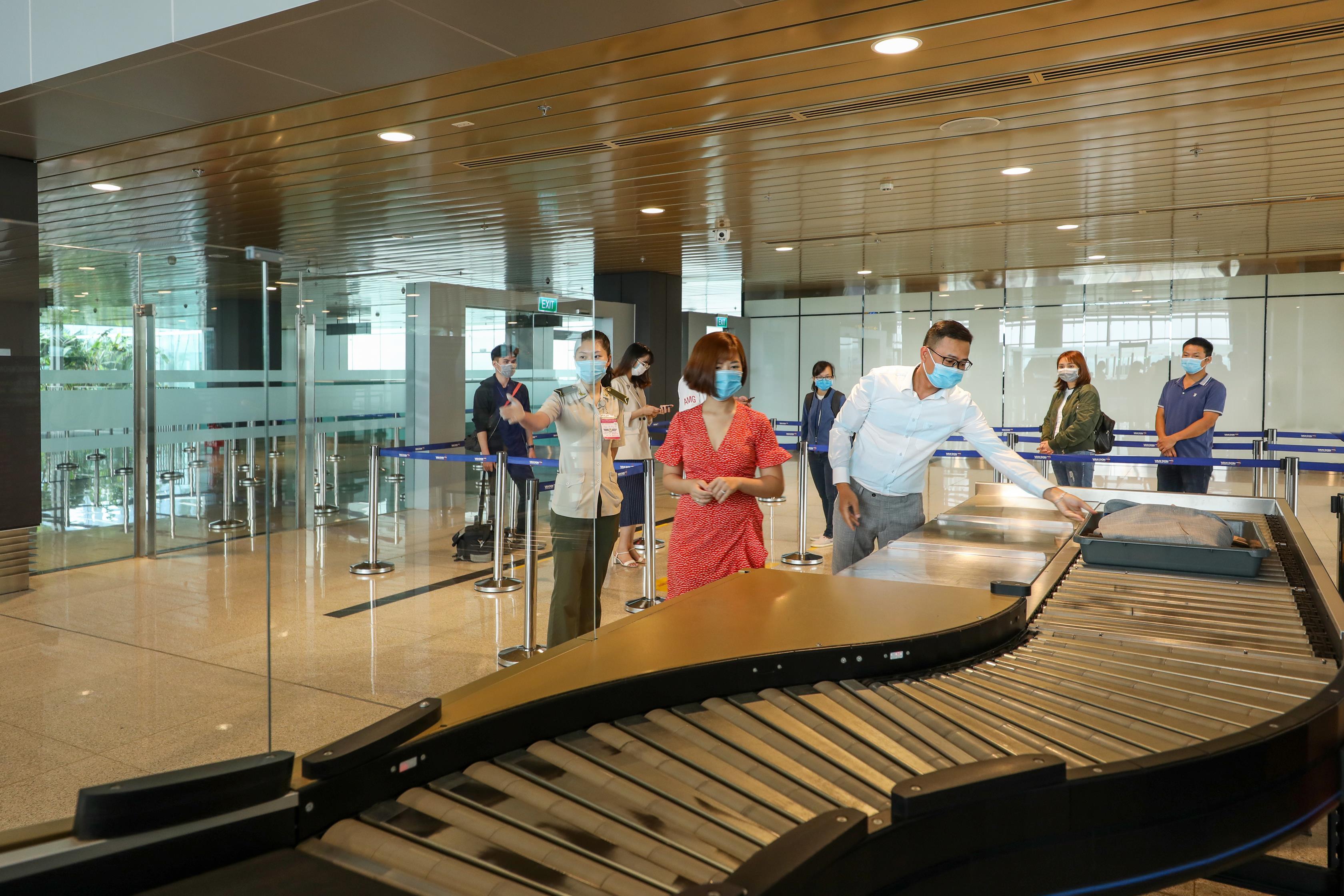 Hệ thống công nghệ tại sân bay hiện đại nhất Việt Nam có gì? 2