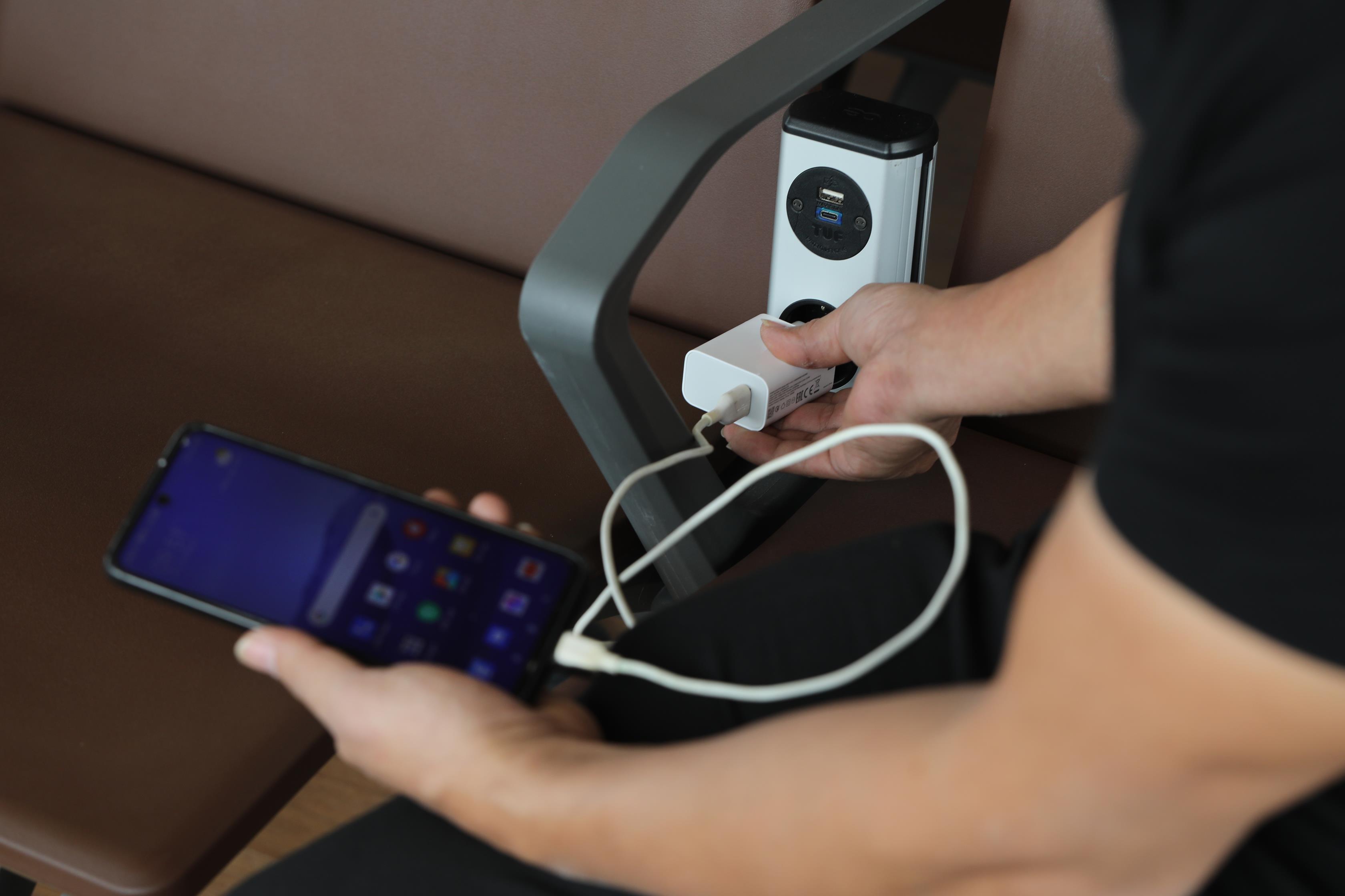 Hệ thống công nghệ tại sân bay hiện đại nhất Việt Nam có gì? 4