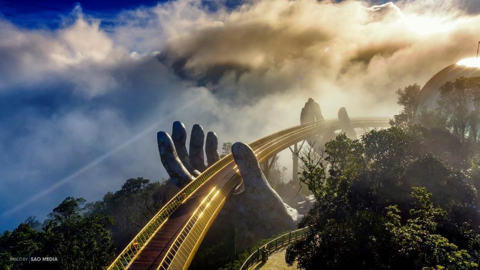 Ngắm những hình ảnh này, dễ hiểu vì sao Cầu Vàng được World Travel Awards vinh danh 7