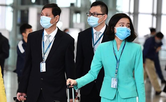 Đại diện Vietnam Airlines cho rằng nhân lực tổ bay của hãng sẽ cạn kiệt nếu áp dụng quy định cách ly đủ 14 ngày. Ảnh: Zingnews
