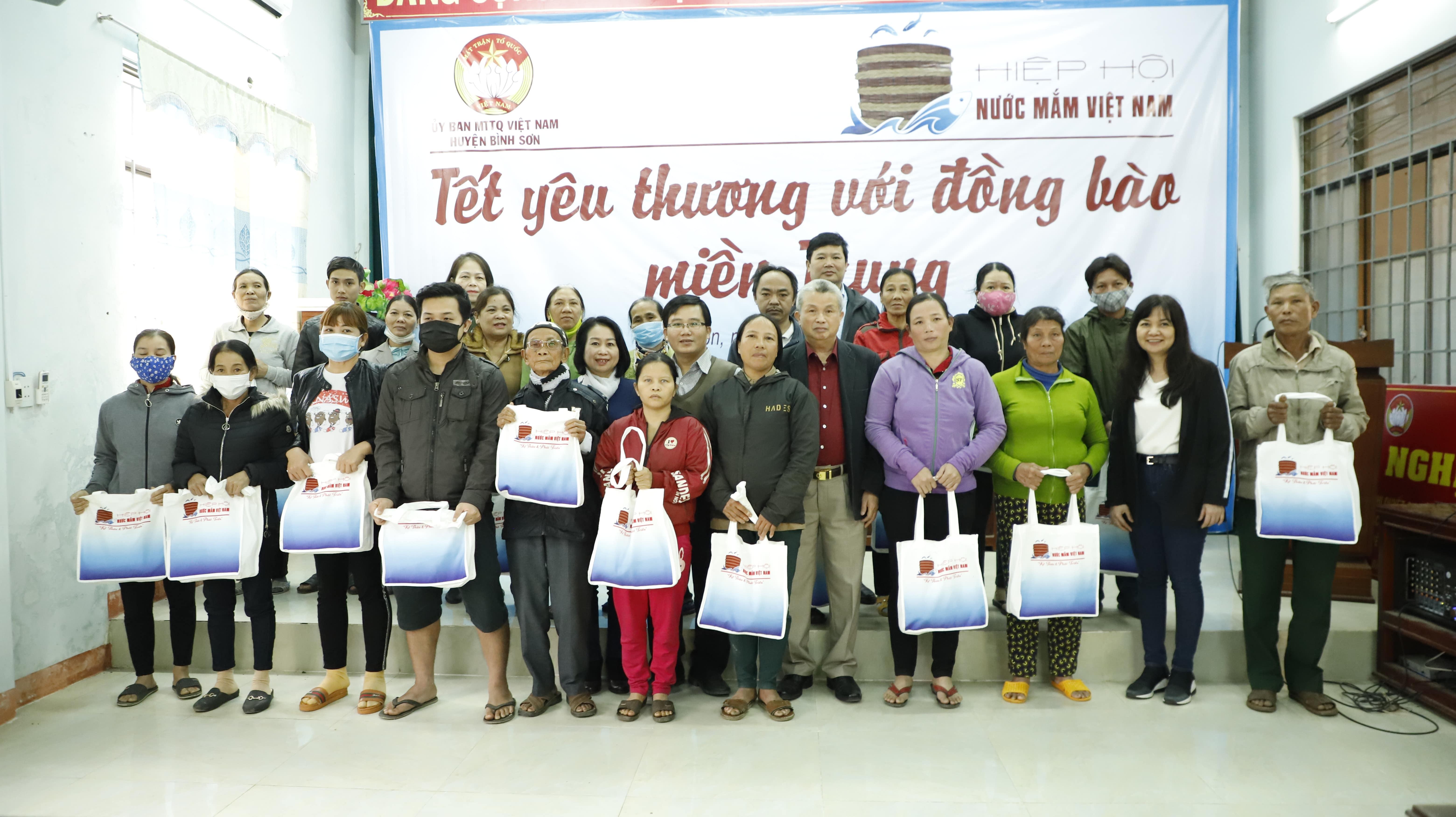 """Nam A Bank tiếp tục đồng hành cùng Quỹ """"Mai Vàng nhân ái"""" 5"""