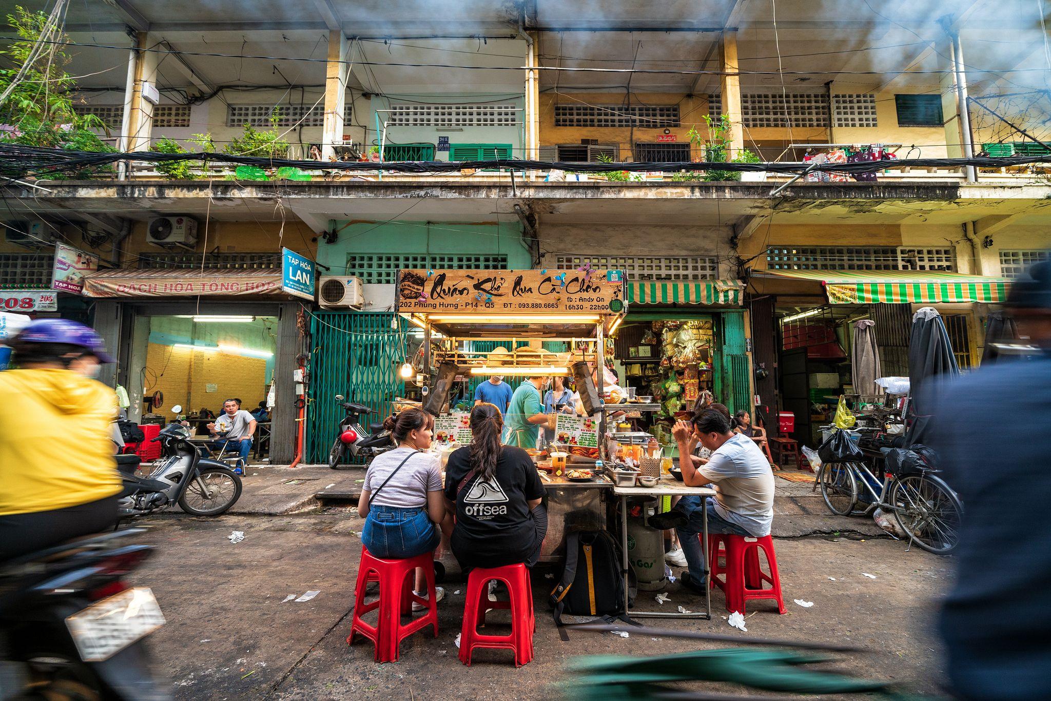 Khổ qua cà chớn, Khổ qua cà ớt - Đặc sản phố người Hoa Sài Gòn 4