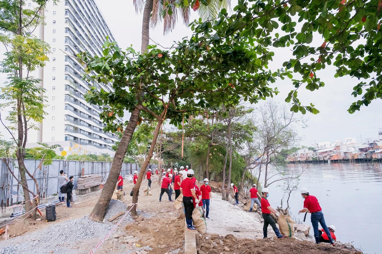Phúc Khang ra quân Cải tạo môi trường và cảnh quan bờ sông tại dự án Diamond Lotus Riverside 5