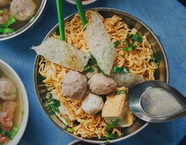 """Vào bếp cùng """"nữ hoàng truyền thông"""" Nguyễn Phạm Khánh Vân: Bánh giò, bánh bao, bánh dày nóng hổi đê 17"""