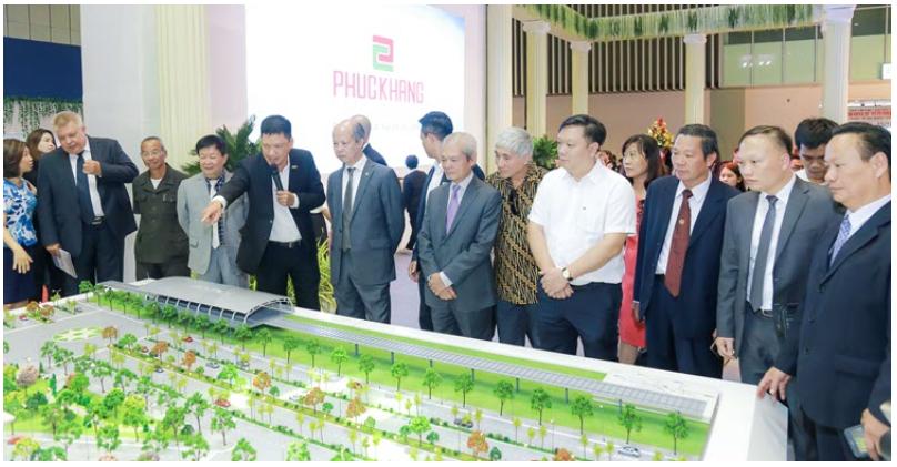 """Phúc Khang tổ chức workshop """"Công trình xanh và tiện ích Skypark"""" cho cư dân tại Diamond Lotus Riverside 1"""