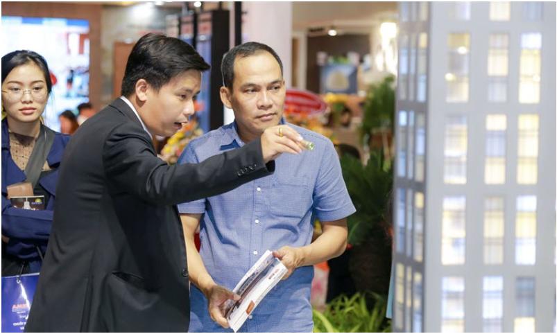 """Phúc Khang tổ chức workshop """"Công trình xanh và tiện ích Skypark"""" cho cư dân tại Diamond Lotus Riverside 3"""