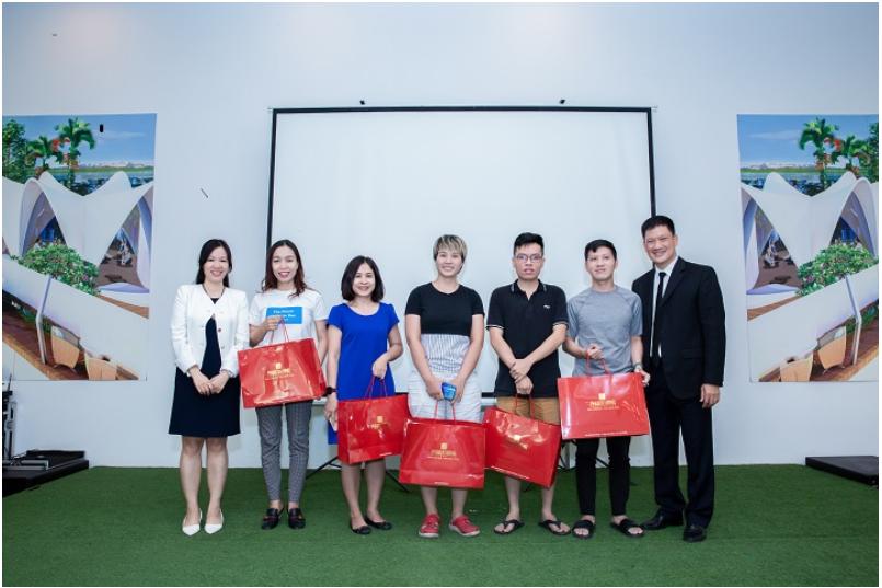 """Phúc Khang tổ chức workshop """"Công trình xanh và tiện ích Skypark"""" cho cư dân tại Diamond Lotus Riverside 4"""