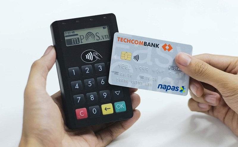 Cuộc đua miễn phí giao dịch ngân hàng - có lợi cho ai? 1