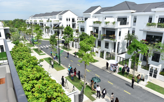 Nở rộ đầu tư bất động sản đầu năm 2021, nên bỏ tiền vào những khu vực nào? 1