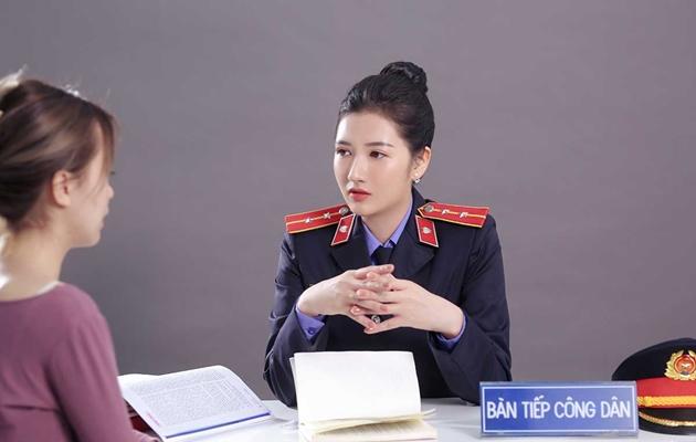 """Nữ chuyên viên VKSND TP Hồ Chí Minh """"đốn tim"""" cộng đồng mạng 2"""