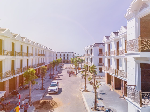 """Giới đầu tư """"hốt bạc"""" từ đầu tư nhà phố Bình Dương 3"""